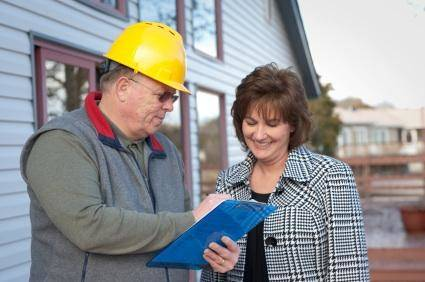 contractor showing clients proof of insurance