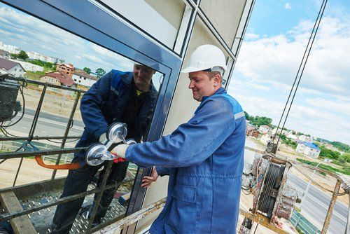 glass Installation contractor